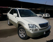 Продам Toyota Harrier